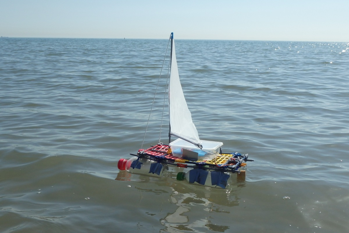 Pi Sailboat Fun Tech Projects Wiringpi Pwm Mode Of Boat With An Assortment Arduino Esp 8266 Bluetooth And Rfi Components I Believe That This Version Using A Raspberry Nodered